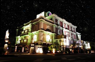 フラワ-ホテルの画像